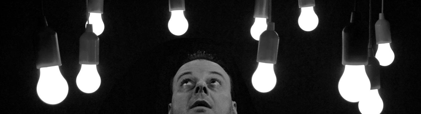 lampadine LED che rimangono sempre accese