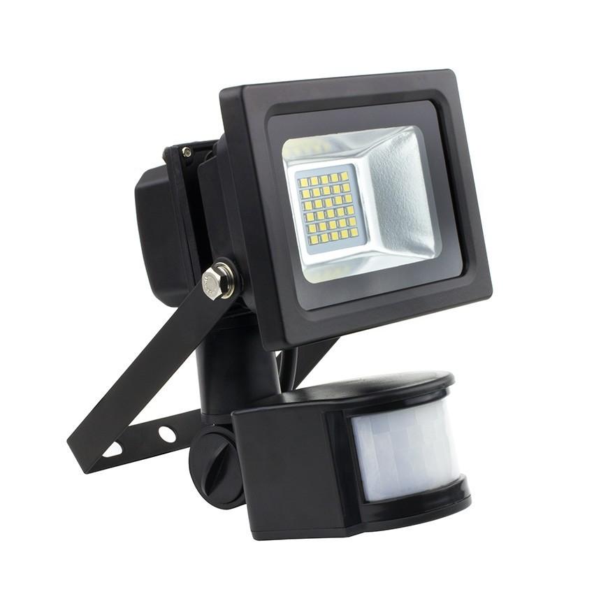 Proiettore led smd con sensore 10w 120lm w ledkia italia for Proiettore led